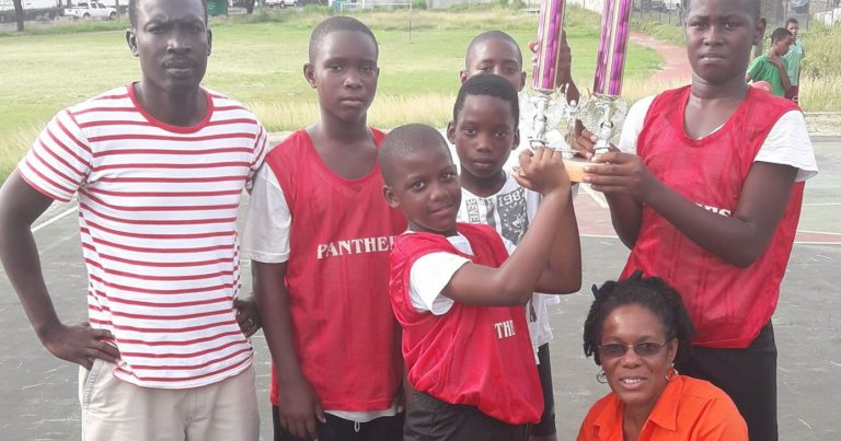 Paix Bouche Primary Mini Basketball Champs